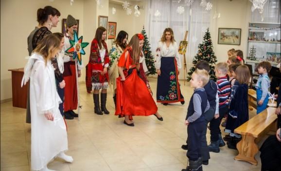 IV Свято Новорічної Іграшки в столичному Центрі української культури та мистецтва