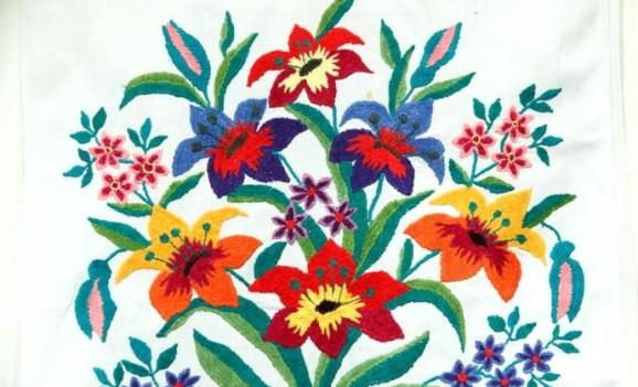Виставка рушників з колекції Музею Івана Гончара
