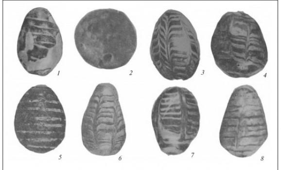 У пошуках історії походження писанки. Глиняні моделі