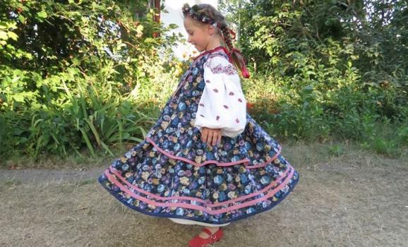 Презентація першої в Україні колекції сучасного традиційного одягу для дітей
