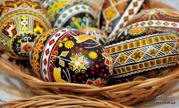 Всеукраїнська виставка традиційного народного мистецтва «Кращий твір року»