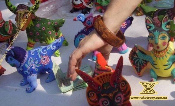 """Весняний ярмарок в музеї """"Пирогів"""""""