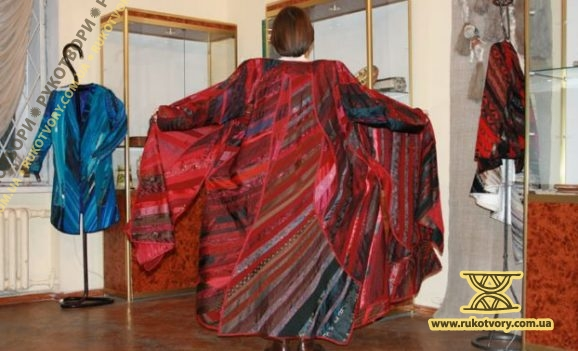 Виставка панно та одягу. Людмила Тесленко-Пономаренко