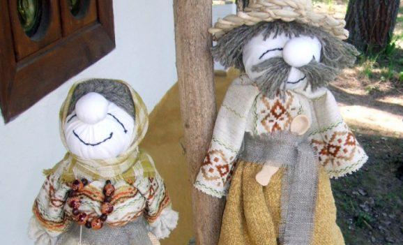 Виставка народних ляльок