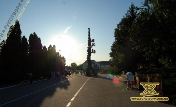 The biggest sheaf in the world is a Ukrainian one