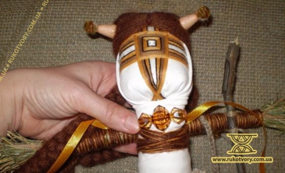 Майстер-клас з виготовлення вузлової ляльки