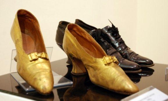 Яке взуття носила Міс Львова 1905 року?