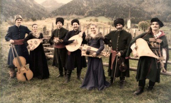 Концерт гуртів «Нова радість» та «Хорея Козацька»