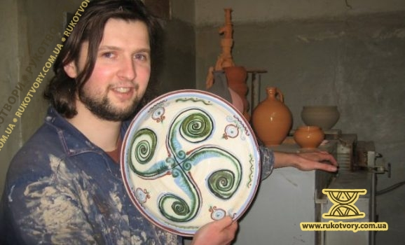 Ivan Bobkov: Now We Are Writing the History of Pottery