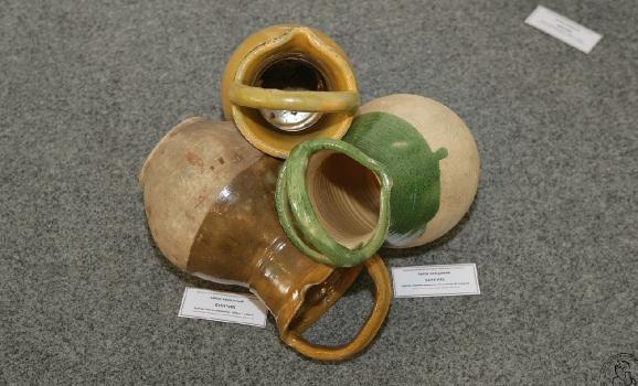В Опішному експонується кераміка Цвітного