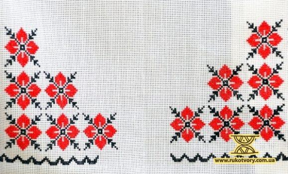 Олена Упір: У 42 роки почала вишивати